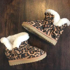 Children's Place Leopard Booties